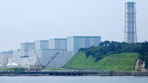 """Новый премьер Японии посетил аварийную АЭС """"Фукусима-1"""""""