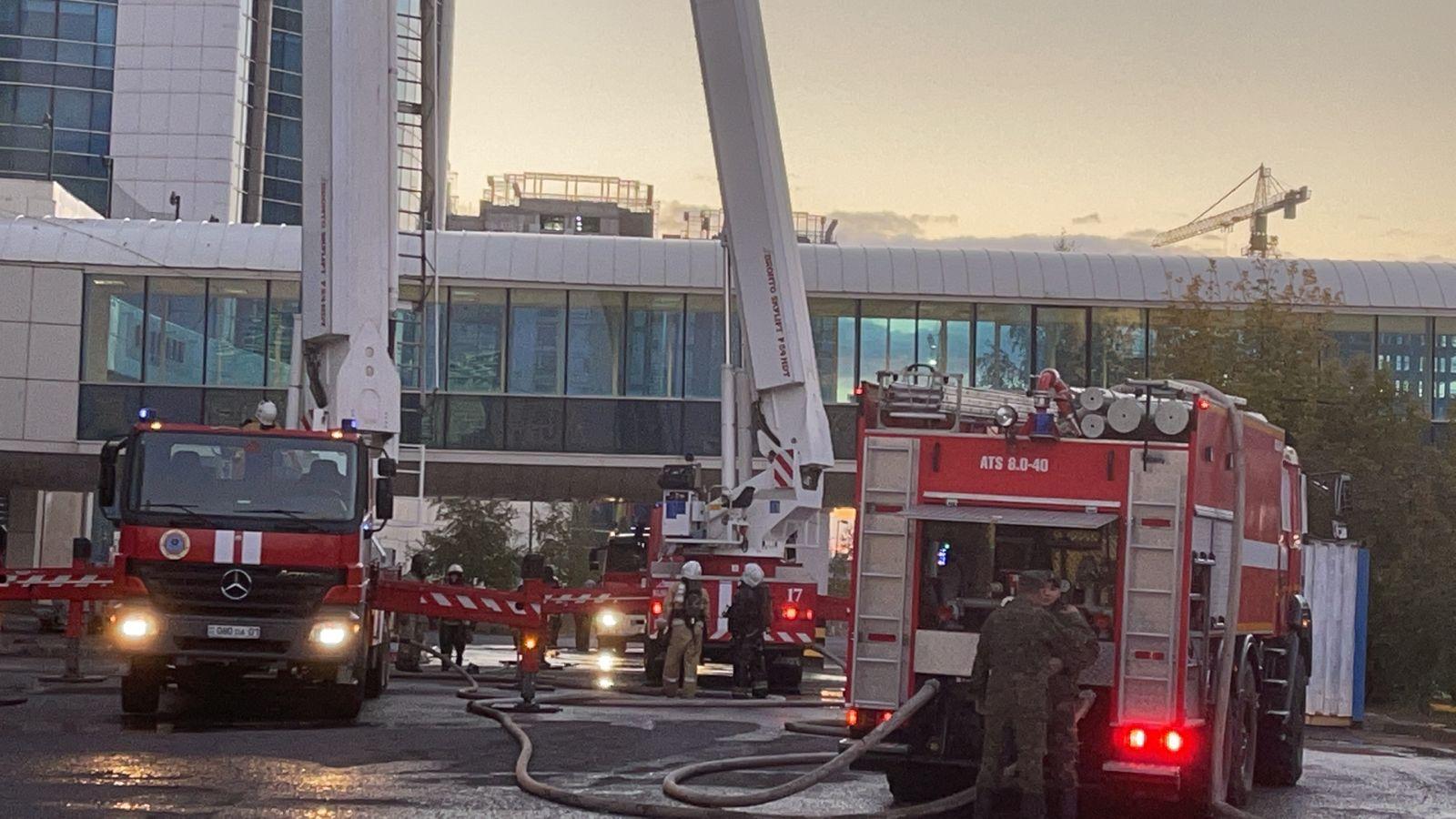 Пожар в здании «Казахмыса» локализован
