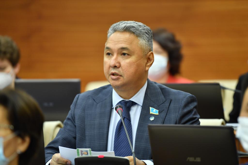 Депутат мажилиса А. Перуашев: Соглашение с ОАЭ даст большой импульс развитию энергетики в стране