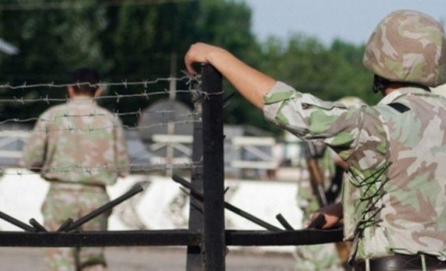 Президент Кыргызстана провел оперативное совещание по ситуации на границе
