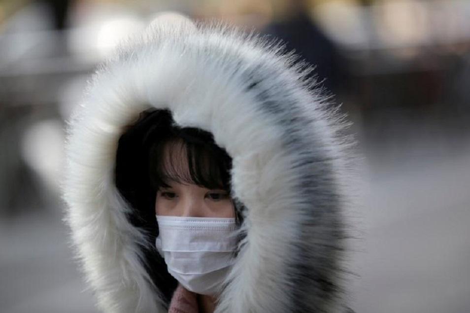 """Число больных """"уханьской"""" пневмонией в Китае превысило 800 человек"""