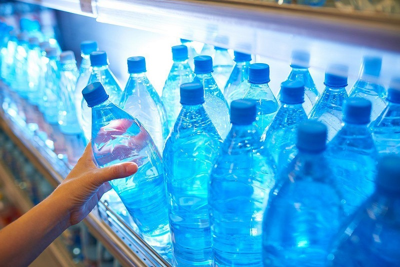 Стоимость бутилированной воды в Казахстане выросла за год почти на 10%