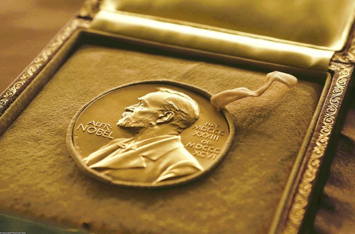 В 2021 году нобелевские лауреаты получат премии в странах пребывания