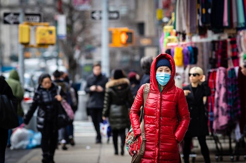 Жители Нью-Йорка скупают предметы первой необходимости из-за вспышки коронавируса
