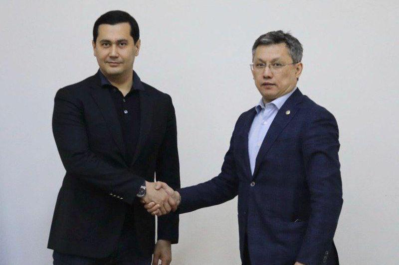 Бахыт Султанов встретился с узбекским коллегой на границе