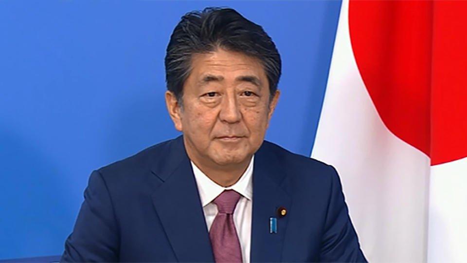 Премьер-министр Японии намерен объявить ЧС в стране из-за COVID-19
