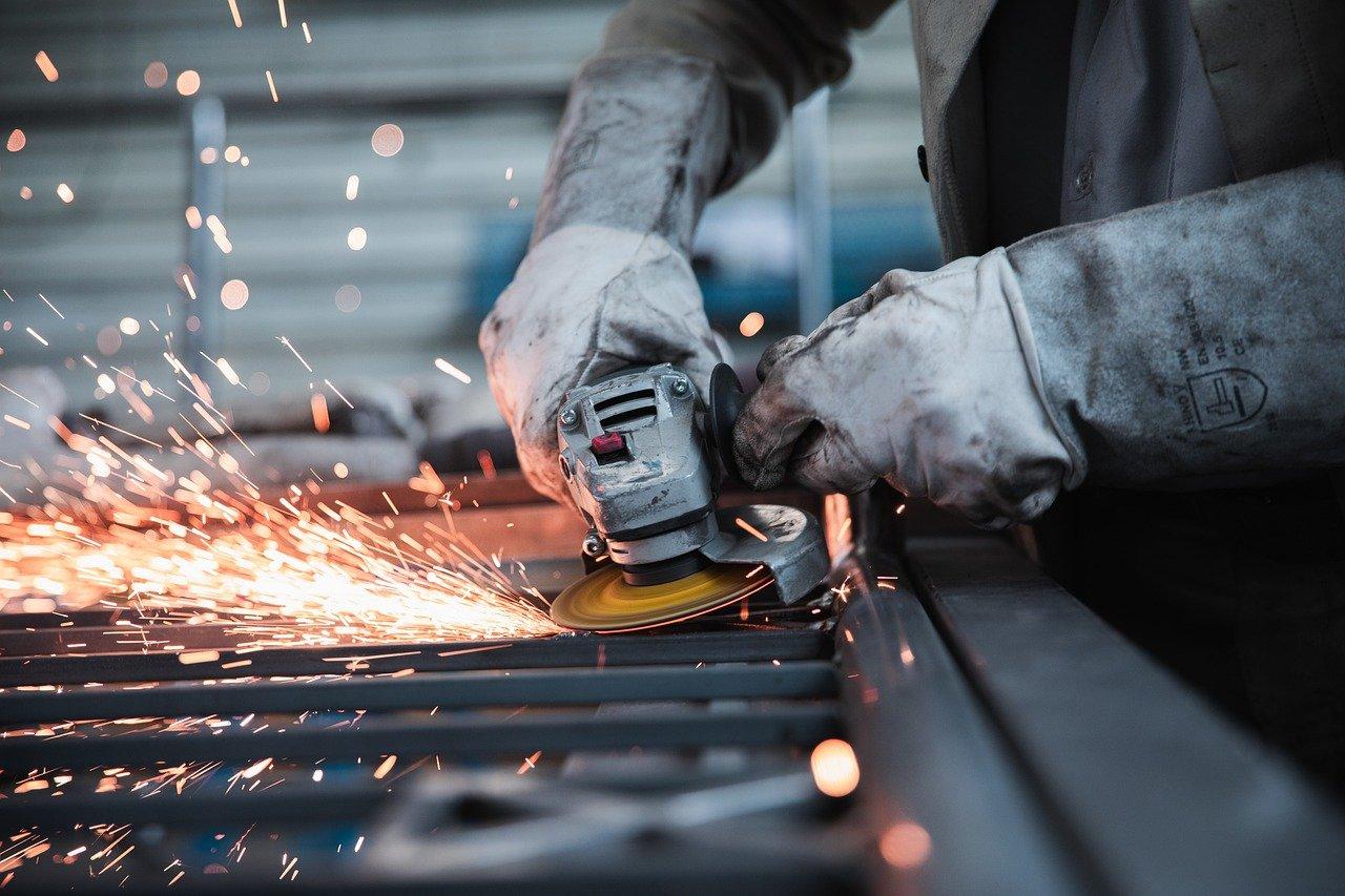 Карагандинским предприятиям остро необходимы специалисты  рабочих  профессий