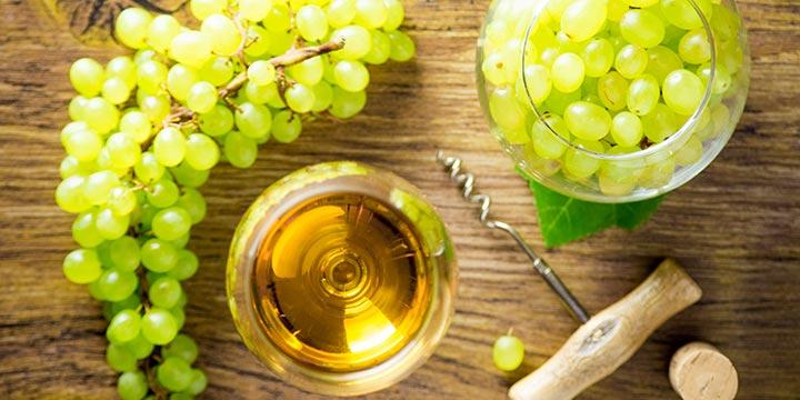 Мажилисмены попросили обеспечить в стране хорошее качество вина и коньяка
