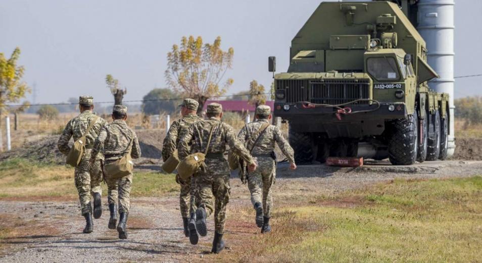 Что известно о воинской части, откуда похитили оружие?