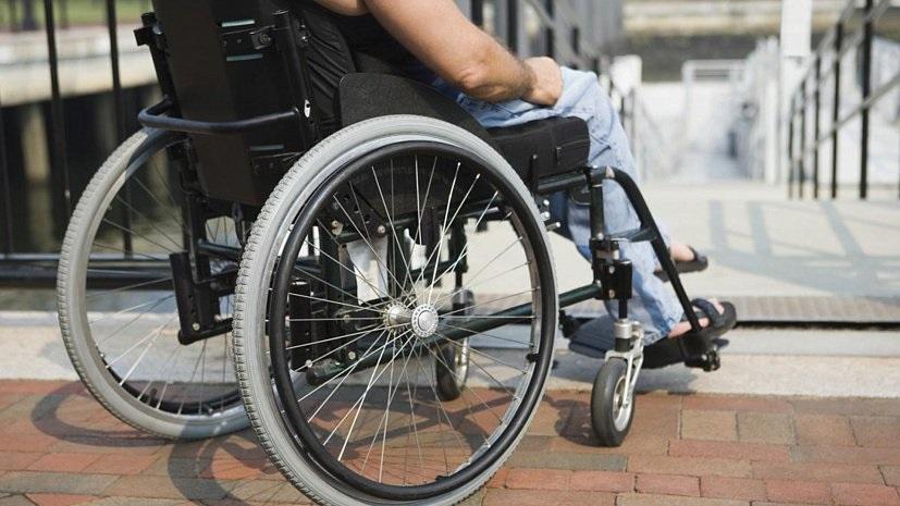 Статус соцработника предложили дать родственникам, ухаживающим за инвалидом