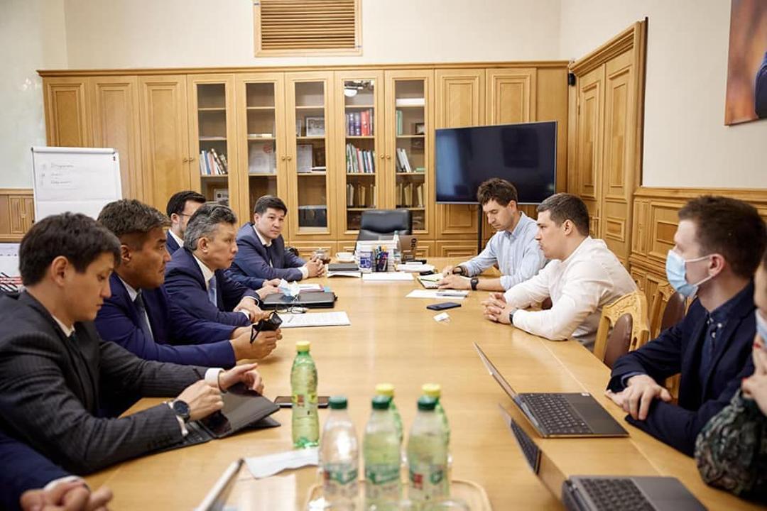 Украина и Казахстан намерены расширять сотрудничество в энергетической сфере