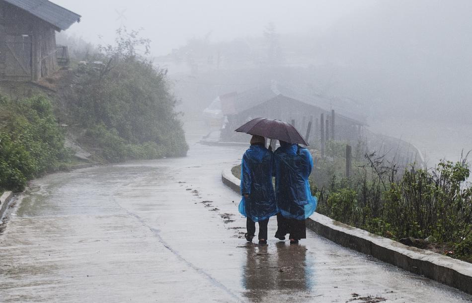 18 человек погибли в результате проливных дождей во Вьетнаме