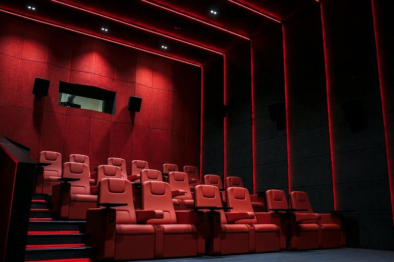 70% работников кинотеатров остались без работы