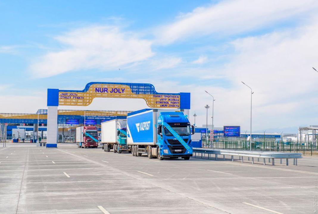 Два пункта пропуска на казахстанско-китайской границе будут закрыты