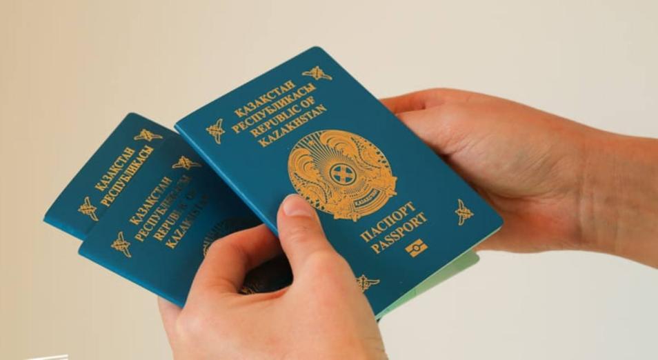 Сколько человек проживает в Казахстане?