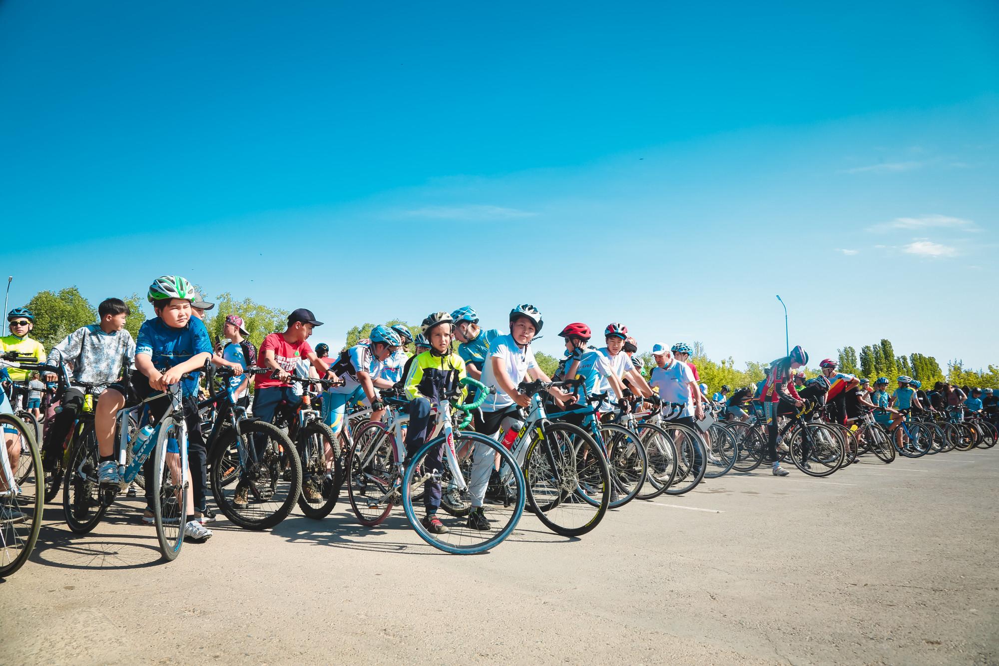 Сколько спортсменов в столице приняли участие в массовом велозабеге
