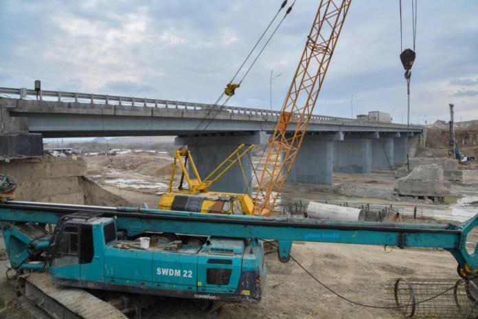 В Шымкенте ведется ремонт пяти мостов