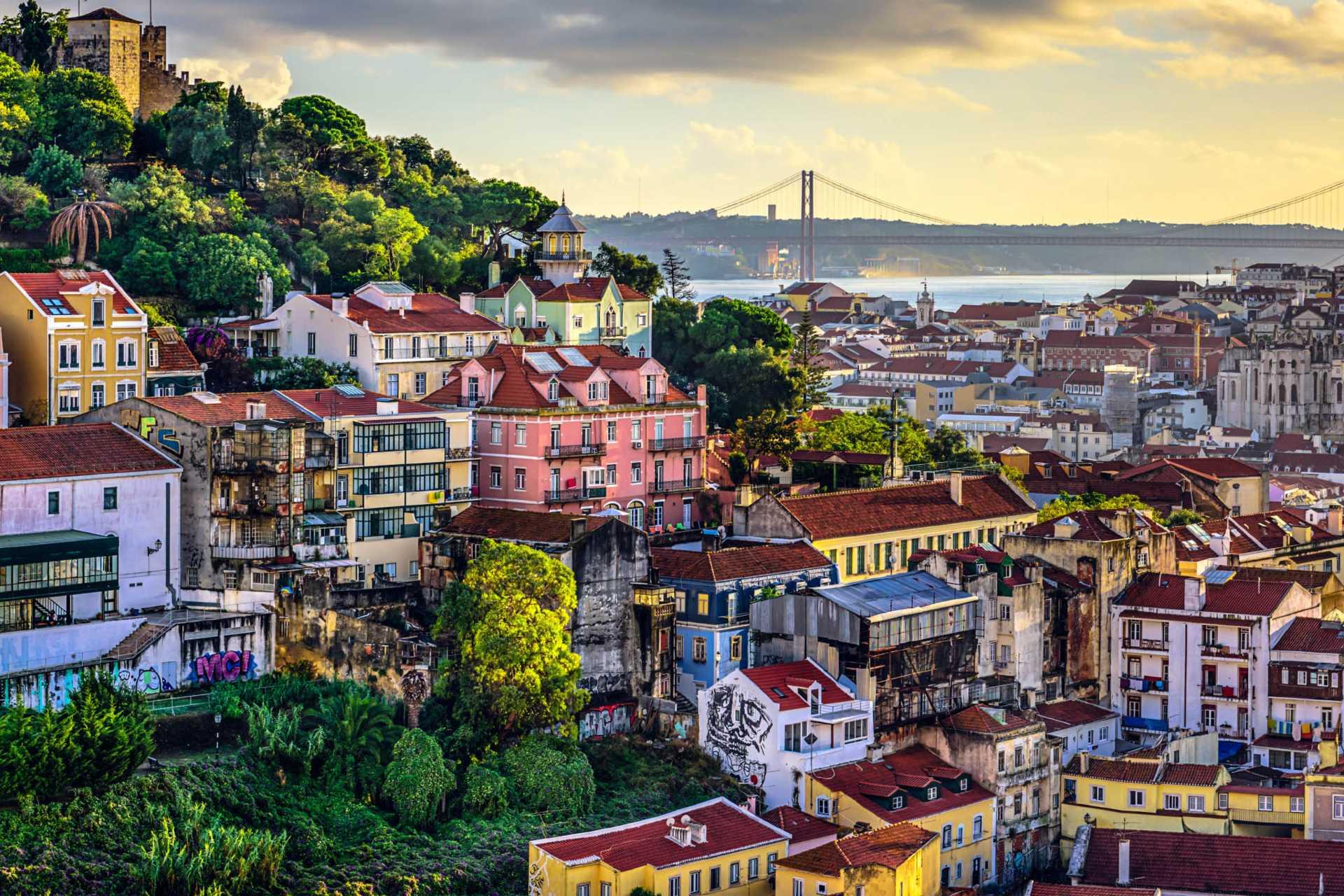 Какие ограничения вновь введут в Лиссабоне