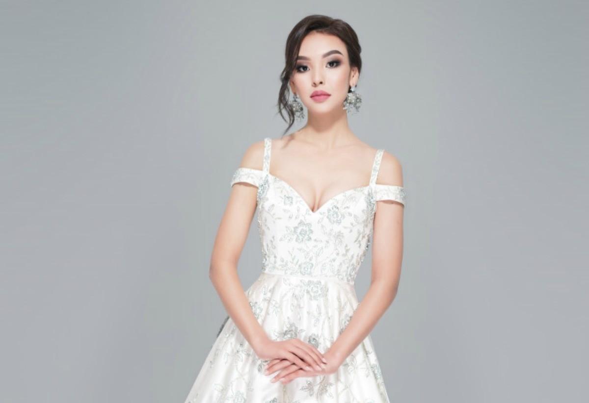 Мисс Казахстан – 2019 Камиллу Серикбай мама отдала в школу моделей, чтобы сделать дочь-каратистку женственной