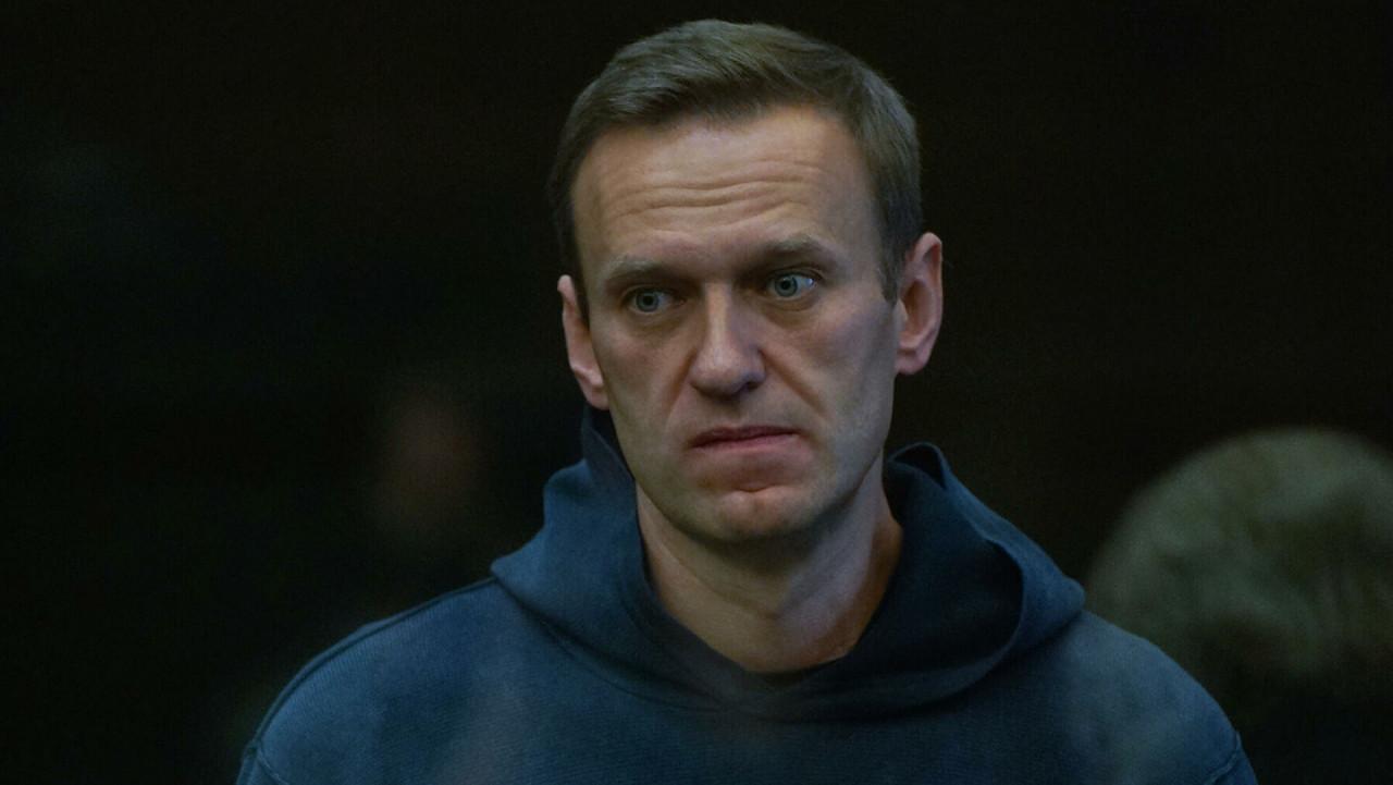 Навального перевели из больницы в колонию