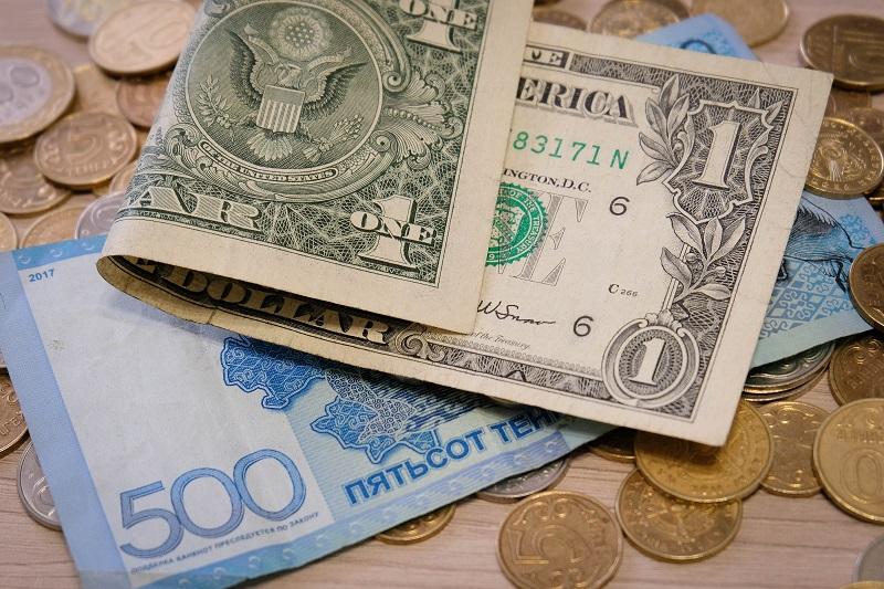 Тенге дорожает к доллару США пятую сессию подряд