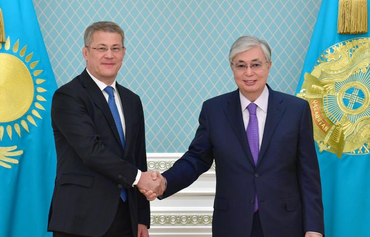 Глава государства считает, что многогранные связи с Башкортостаном развиваются весьма динамично