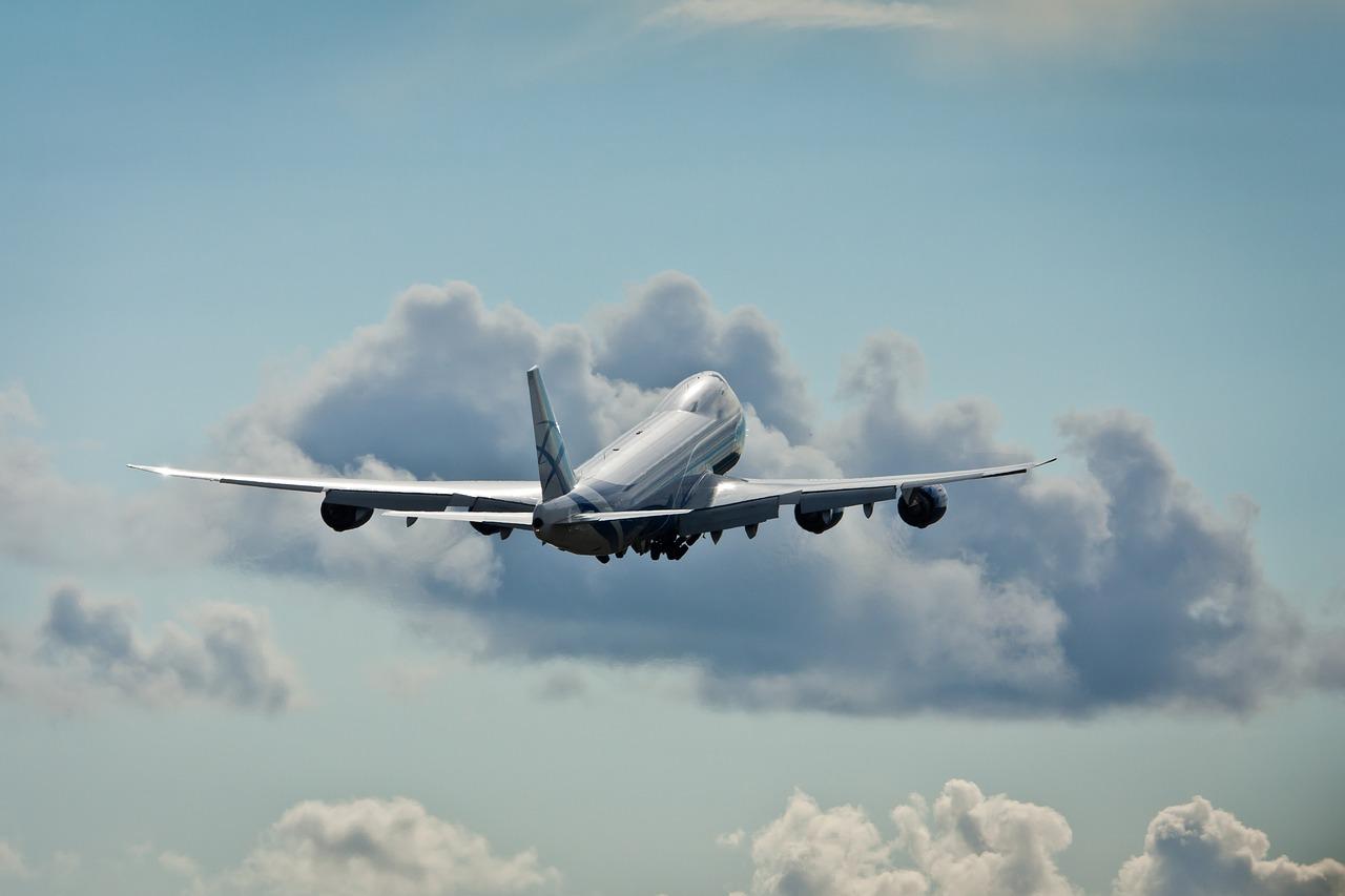 S7 и аэропорты пожаловались на непрозрачную выдачу разрешений на международные рейсы