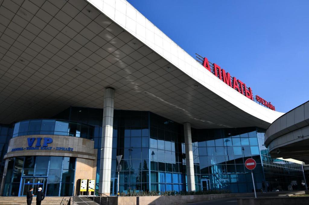 В аэропорту Алматы усилен санитарно-эпидемиологический контроль