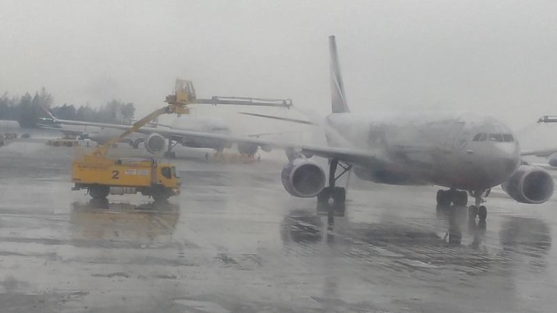 В  Алматинской области планируют выпускать антиобледенители для самолетов