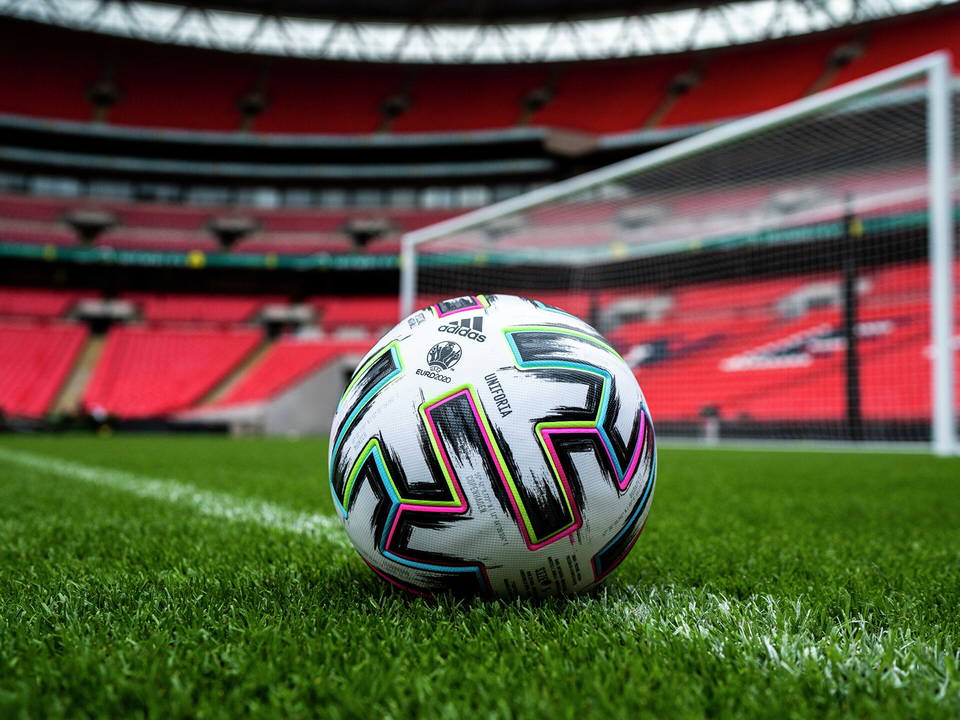 Расстановка приоритетов в спорте: почему тратят много денег на безрезультативный футбол?