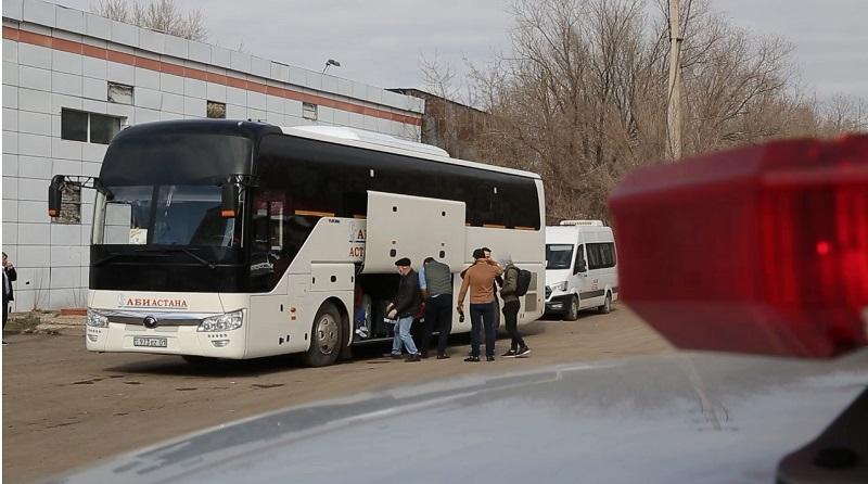 Акимат столицы организовал транспорт выписавшимся иногородним пациентам