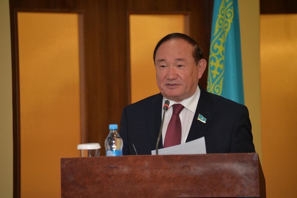 Досье: Бектаев Али Абдикаримович,   Али Бектаев,досье,  Сенат