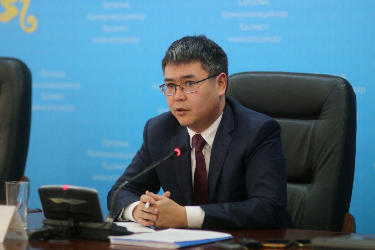 В Казахстане планируют повысить пособия по инвалидности для детей