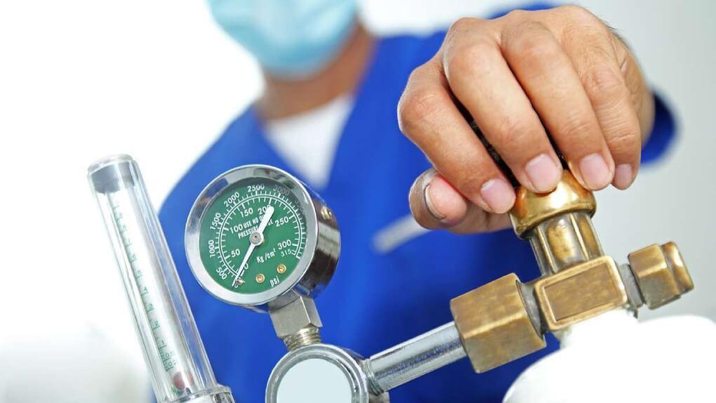 Казахстан продал России 100 тонн медицинского кислорода