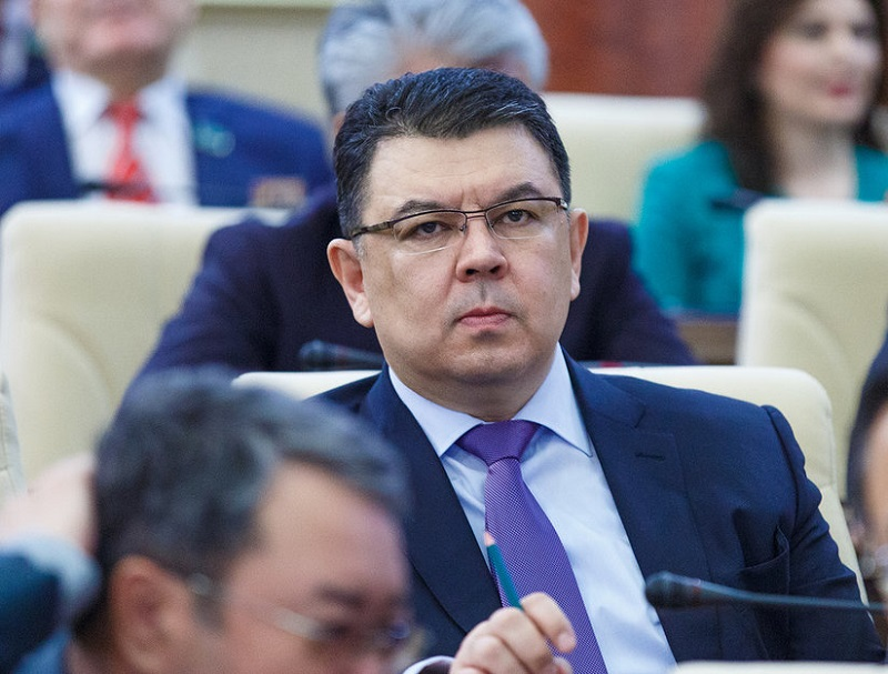 Казахстан на заседании комитета ОПЕК+ будет представлен на уровне замминистра энергетики
