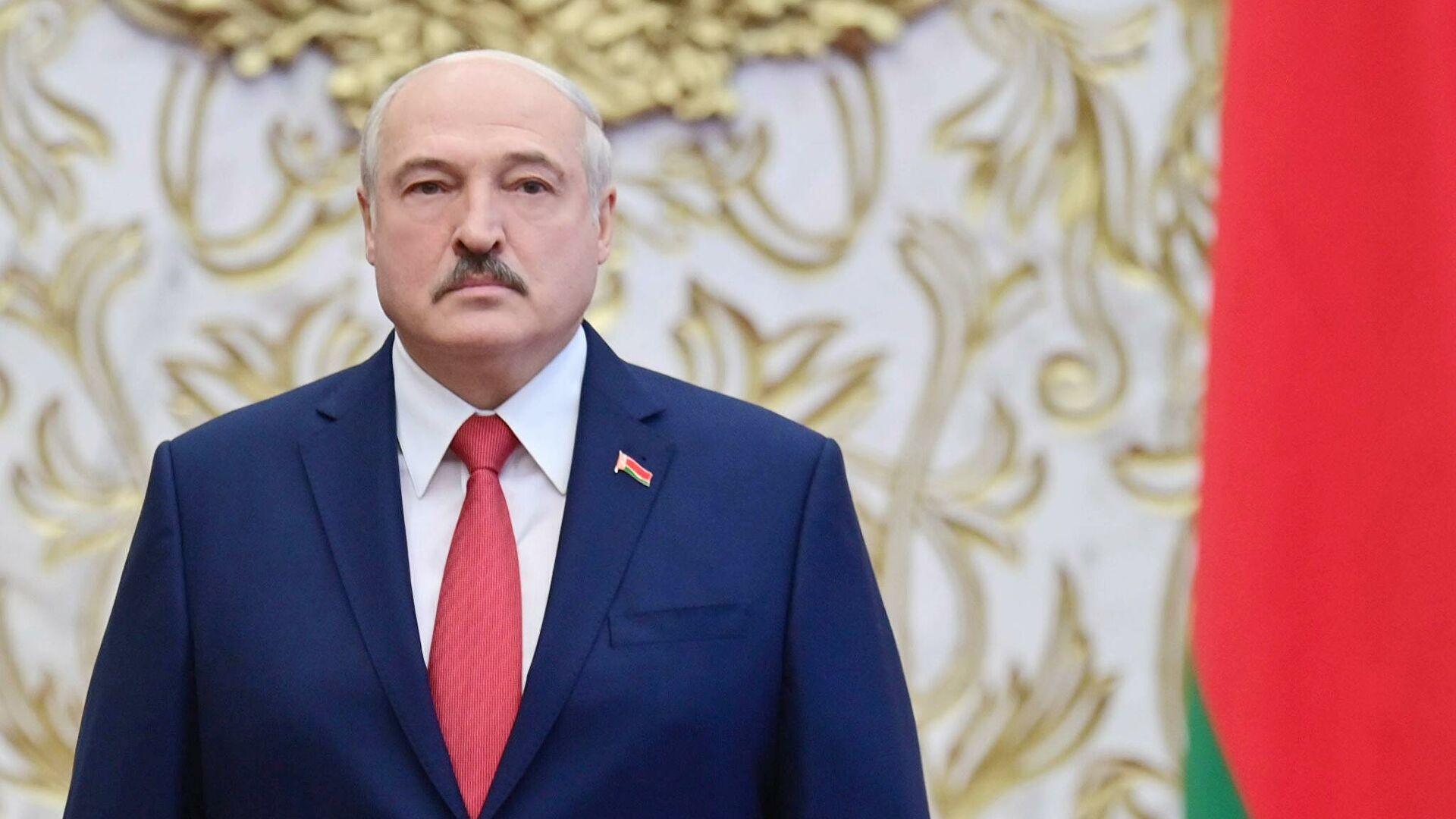 Лукашенко егемендік пен конституциялық құрылымды қорғау туралы декретке қол қойды