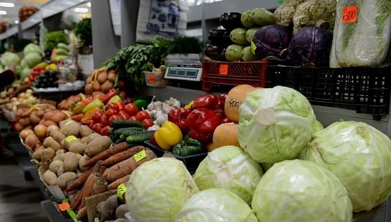В Усть-Каменогорске перед Новым годом подорожали продукты