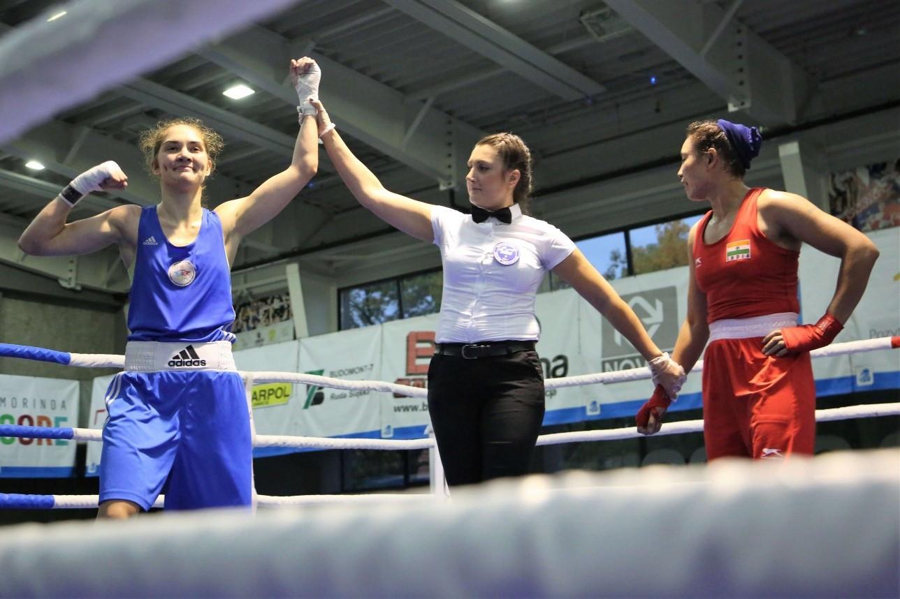 Женская команда по боксу гарантировала себе шесть медалей на турнире в Сербии