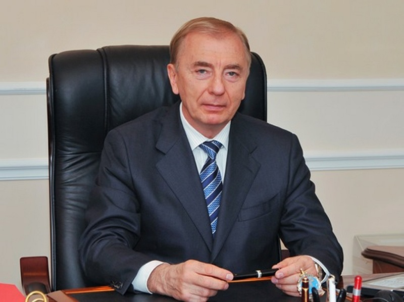 Досье: Рогов Игорь Иванович ,  Фонд Первого Президента РК