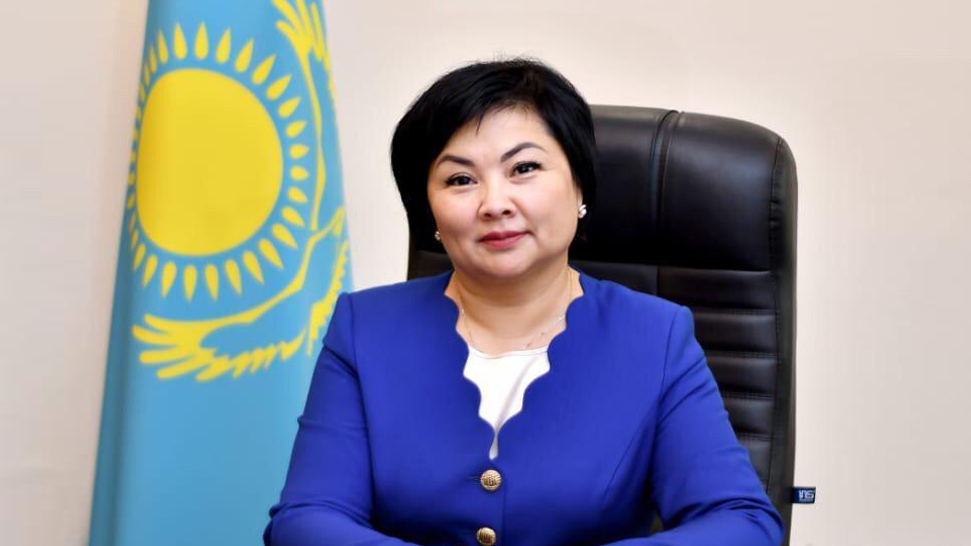 Досье: Каринова Шолпан Танатовна, шолпан каринова, досье, министерство образования РК