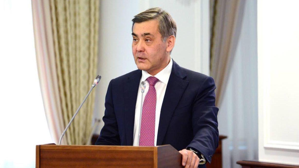 Досье: Ермекбаев Нурлан Байузакович,   Нурлан Ермекбаев, Министр обороны