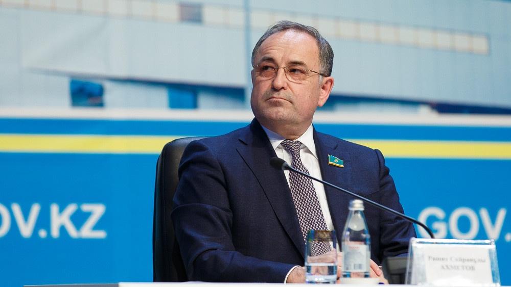 Досье: Ахметов Рашит Сайранович, Рашит Ахметов