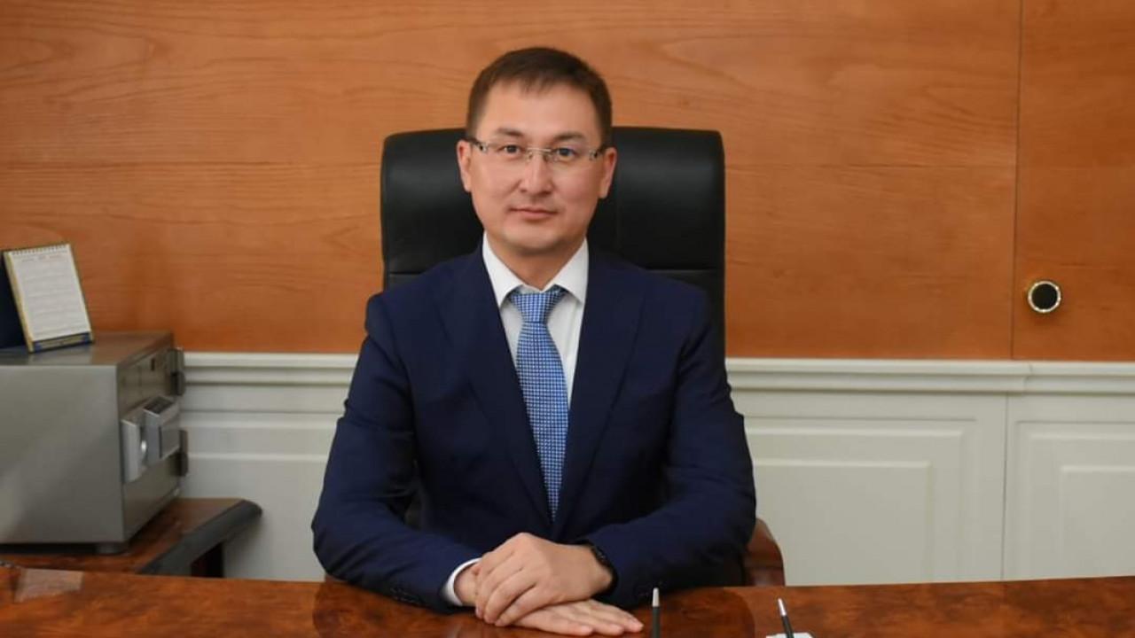 Досье: Аюпов Рашид Абатуллаевич,  акимат Турестана