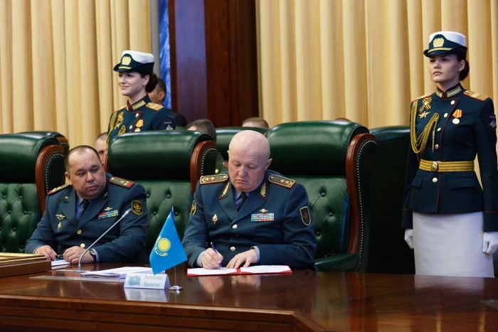 В Москве обсудили развитие объединенной системы противовоздушной обороны в рамках СНГ,   Министерство обороны РК, Противовоздушная оборона,Мурат Майкеев