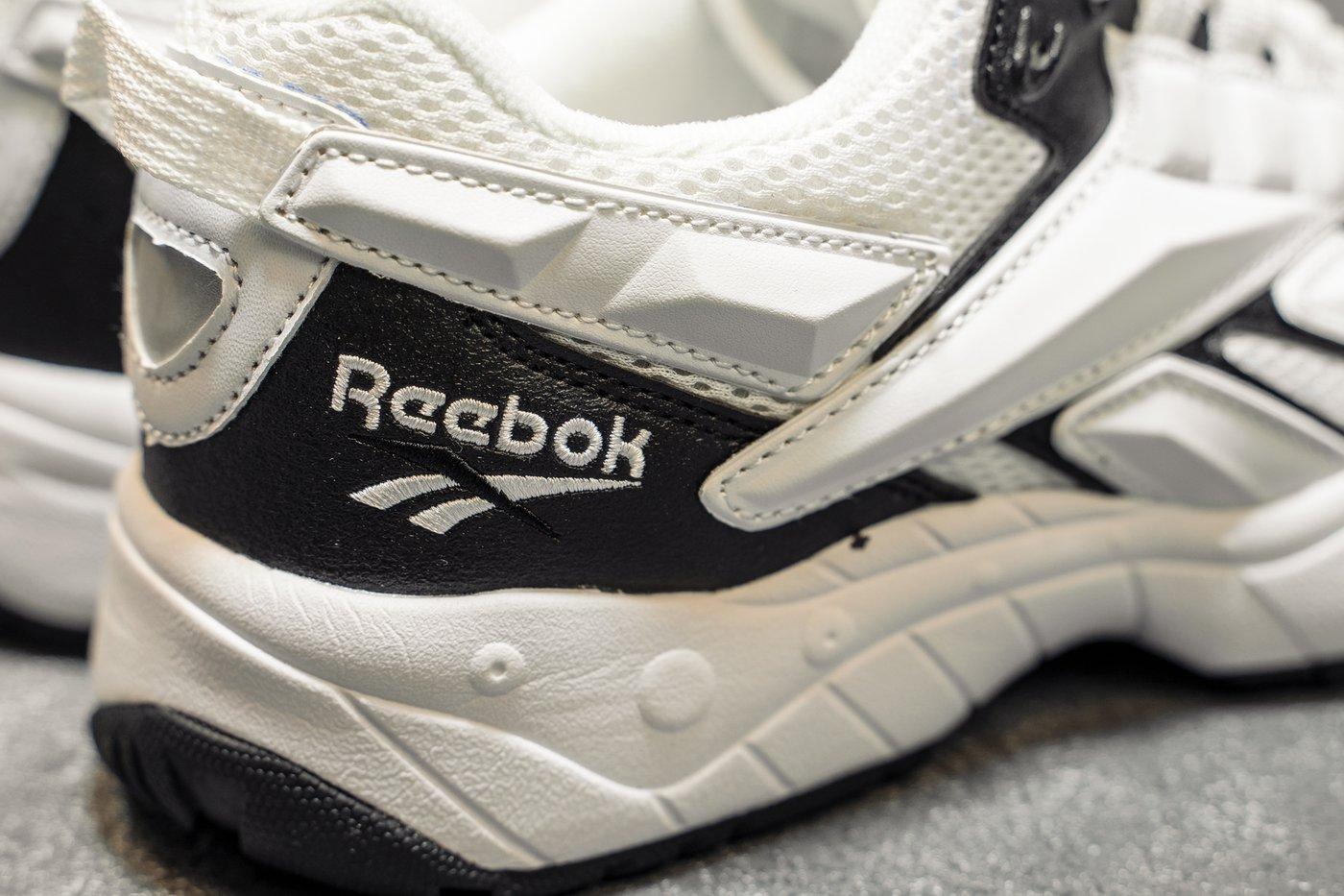 Adidas намерена продать бренд Reebok?