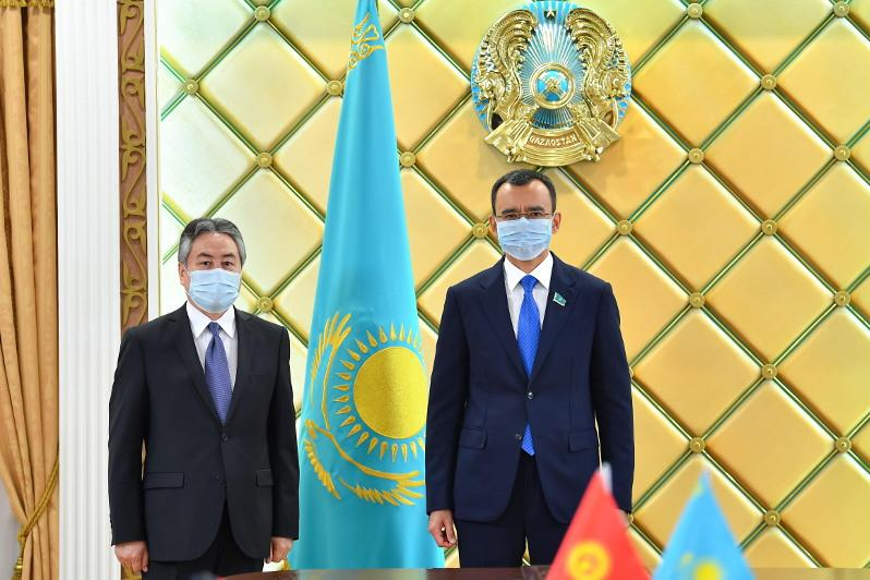Сенат Төрағасы Қырғызстан елшісін қабылдады