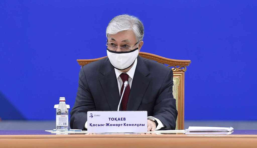 Токаев поблагодарил РФ и КНР за помощь Казахстану в борьбе с пандемией