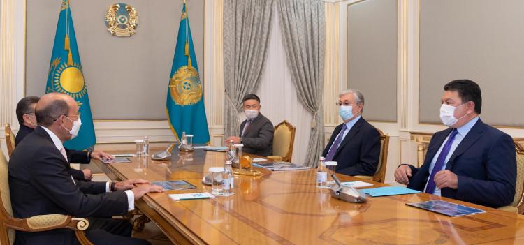 Глава государства принял Александра Машкевича и Патоха Шодиева