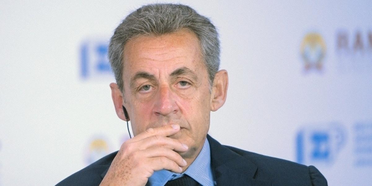 Экс-президента Франции Саркози приговорили к заключению