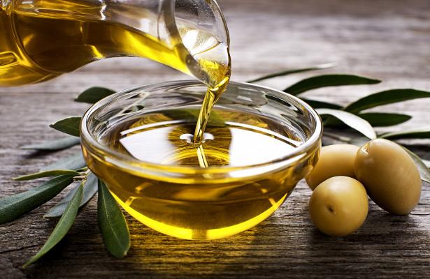 Минсельхоз планирует сдержать цены на подсолнечное масло и яйца
